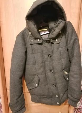 Пальто осень/зима. Очень стильное, для мальчика.