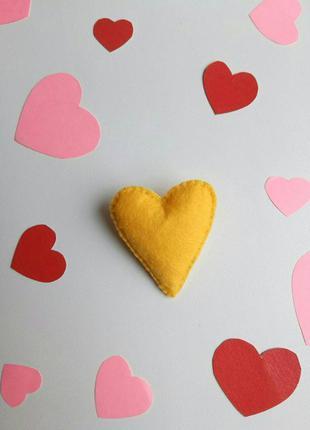 Брошка серце, валентинка, брошь сердце, сердечко, подарок, жел...