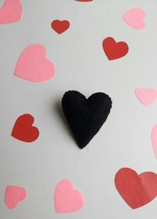 Брошка серце, валентинка, брошь сердце, сердечко, подарок, чер...