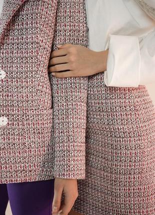 Модный базовый твидовый пиджак из твида теплый стильный розовы...