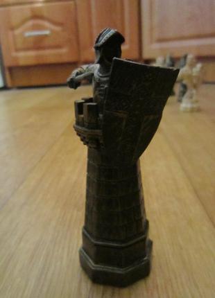 Фигуры из шахмат Гарри Поттера