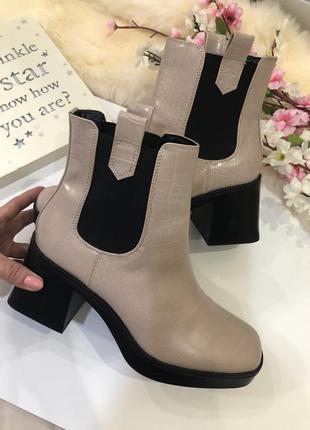 Удобные женские ботинки на толстом каблуке, сапоги осенние,