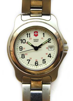 Swiss army швейцарские часы с датой нержавейка wr330ft swiss made