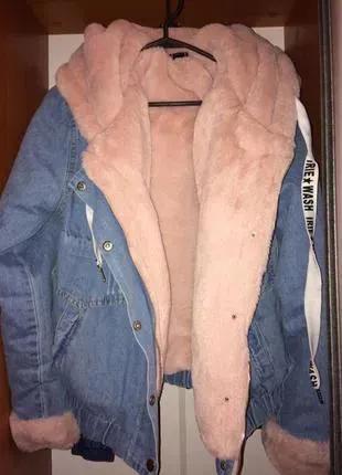 Джинсовая куртка с плюш мехом