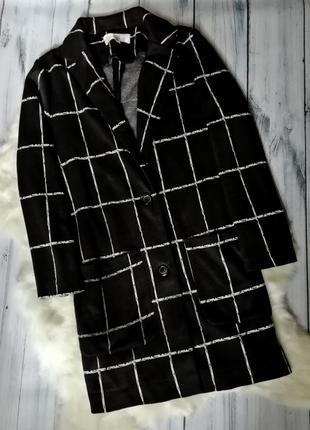 Лёгкое пальто, пиджак в клетку