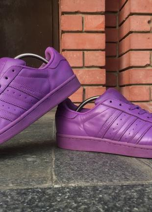 Продам кроссовки adidas originals pharrell williams superstar