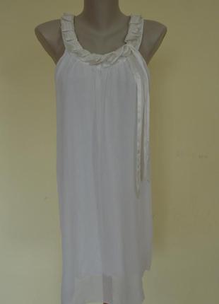 Шикарное фирменное платье из шифона ,свободного фасона,белое,и...
