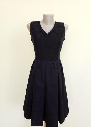 Шикарное нарядное вечернее платье гипюровое