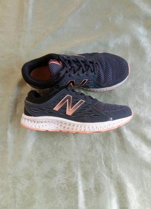 Оригинальные кроссовки new balance