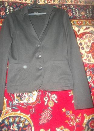 Пиджак,жакет трикотажный