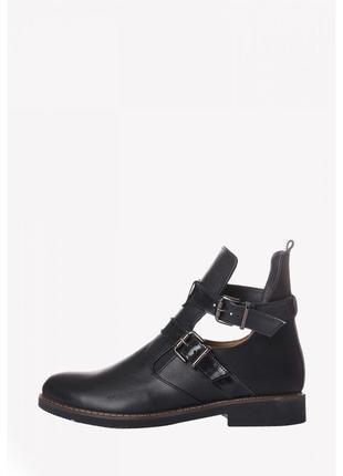 Новые женские весенние кожаные  черные ботинки