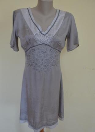 Красивое легкое платье из вискозы с шикарной вышивкой индия