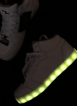 Кроссовки с светящейся подошвой из кожи skechers energy lights...