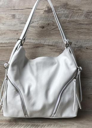 Итальянская кожаная сумка - рюкзак для женщин белого цвета
