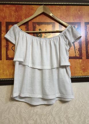 Блуза на плечи с воланом