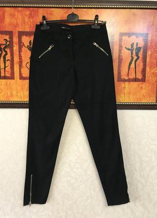 Чёрные базовые брюки с вставками молнии oodji