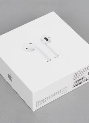 Apple AirPods 2 (with Wireless Charging Case)