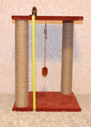Продам когтеточку-лежанку с двумя столбами