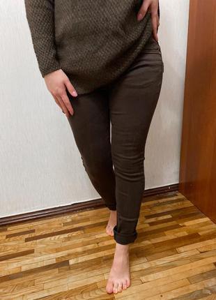 Коричневые джинсы, джинсы цвета мокко