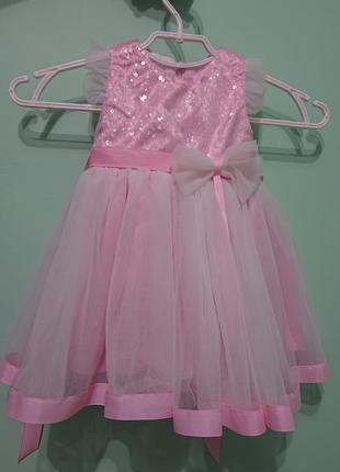 Святкове плаття для дівчинки на 1 рочок