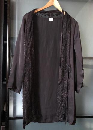 #розвантажуюсь красивый  халат с кружевом и поясом
