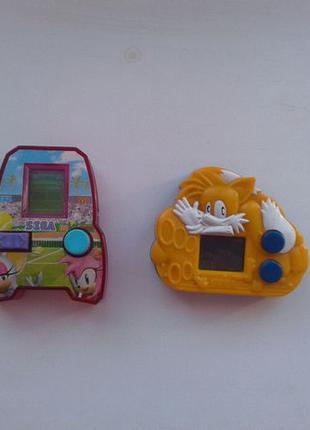 Игрушки Sega из McD.
