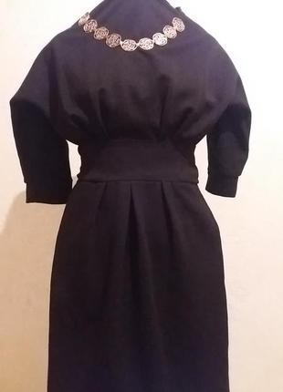 Шикарное черное платье с молнией на рукавах!!!распродажа!!!