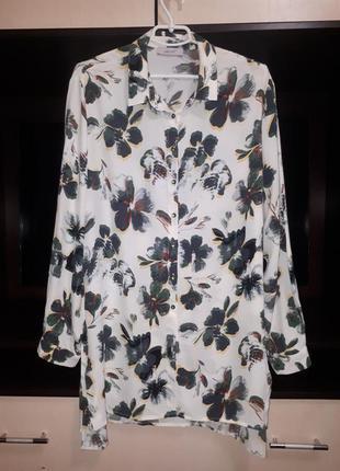 Красивое рубашка -платье  в цветочный принт раз. l