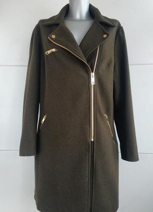 Стильное пальто next цвета хаки с молниями