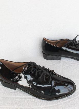 Черные туфли на шнурках, оксфорды, броги 39 размера на низком ...