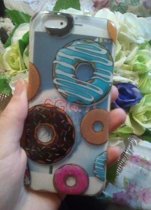 Пластиковый чехол в пончики айфон 6