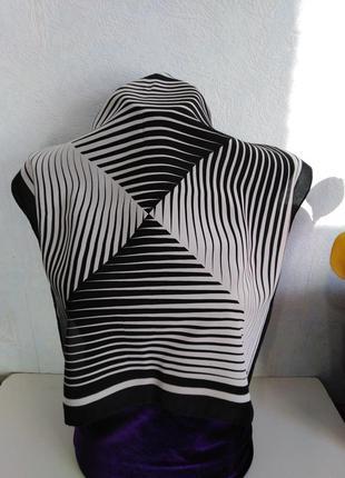 Натуральный шелк, черно - белый монохром, платочек шейный, на ...