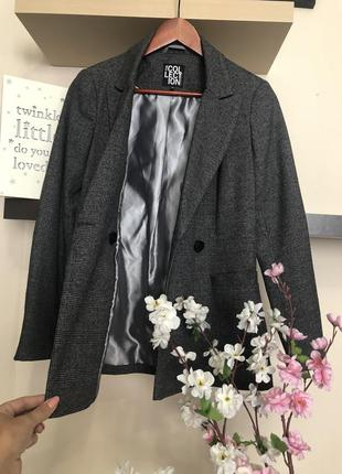 Классный двубортный пиджак в клетку, женский пиджак в клетку