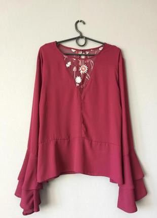 Нарядная блузка primark 20---54-56 размер.
