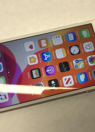 Apple iPhone 7 32Gb.