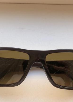 Солнцезащитные очки ray ban polarized