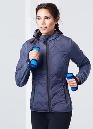 Tcm tchibo легкая куртка с пропиткой размер s