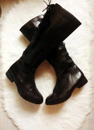 Черные высокие деми сапоги кожаные со шнуровкой на широкую гол...