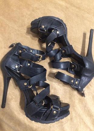 Arezzo кожаные сандали босоножки 24-24.5 см