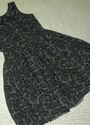 Нарядное пышное платье 11-12 лет