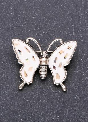 Брошь бабочка белая эмаль