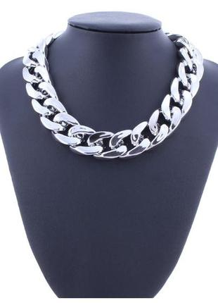 Стильная массивная цепь ожерелье на шею серебристого цвета