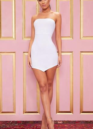 Белое мини платье бандо 🔥prettylittlething🔥