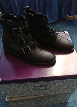 Ботинки кожаные Бианко