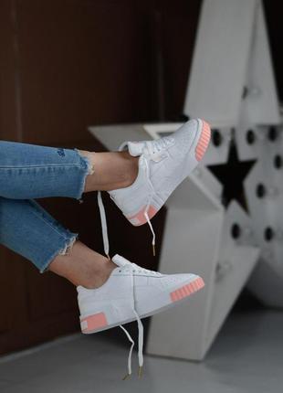 Кожаные женские кроссовки пума