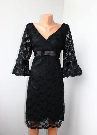 Гипюровое черное праздничное вечернее платье с завышенной тали...