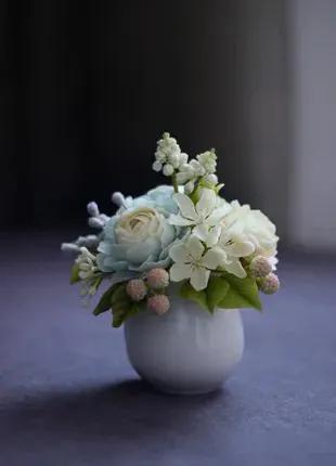 Подарочный молочник с цветам.