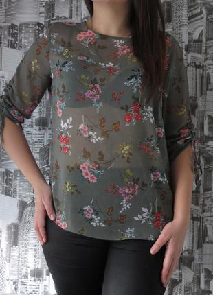 Нежная блуза в цветах размер 48 большой выбор одежды, заходите!