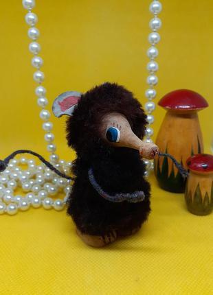 Статуэтка деревянная мышка (мышь землеройка) ссср