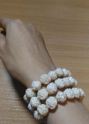 Набор браслетов 3 в 1 с розочками светлого пудрового цвета